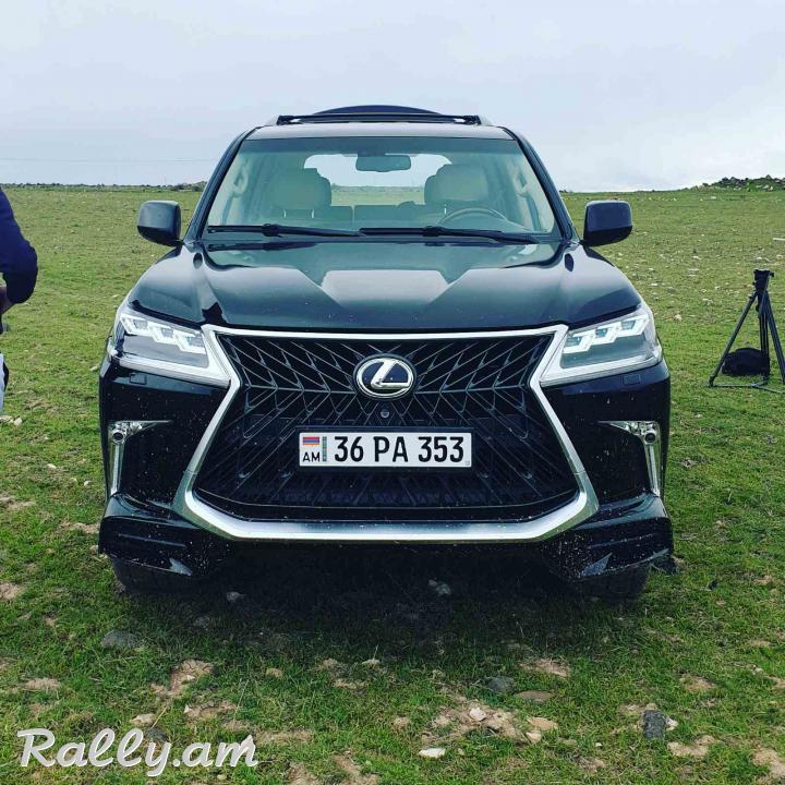 ArmeniA RENT A CAR Prokat LEXUS LX570