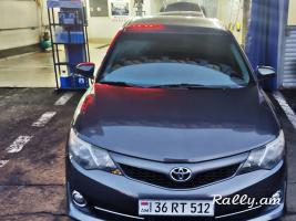 Վաճառվում է Toyota Camry 2014
