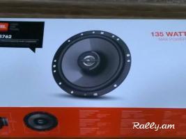 Վաճառվում են մեքենայի բարձրախոսեր JBL 135 WATTS