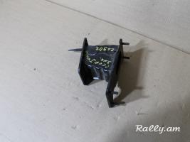 Кронштейн усилителя заднего бампера для KIA Ceed (2007-2012)