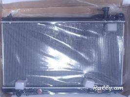 Infiniti G35 G37 M35 M45 Nissan Skyline Stagea  jri radiator . радиатор texum unenq
