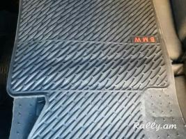 Barcr  Voraki  Rezine Kovrikner  E46  ev E90  komplekt matcheli gnov