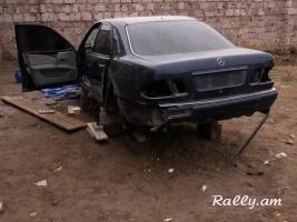 Merceders W210 E240 Raskulachit