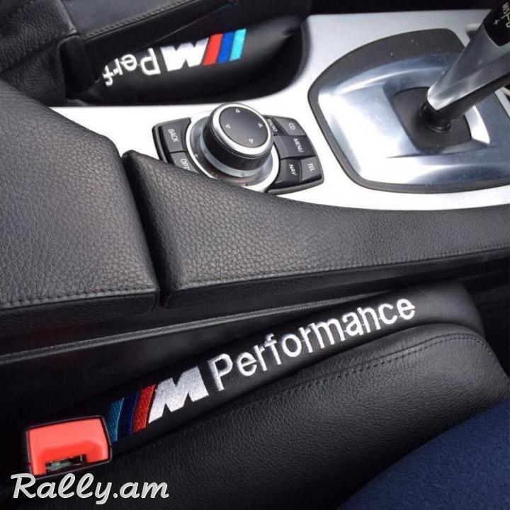 2X BMW M Preformance Կաշվից Բարձիկներ (2Pcs) (Նորույթ)