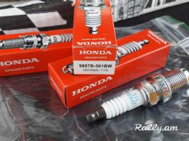 Made in japan original 100% ngk laser iridium svecha 9807B-561BW IZFR6K-11S HONDA